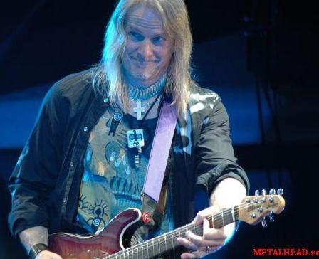 Steve Morse, Muchares, Romania, October 31, 2007. Photo: Metalhead.ro.