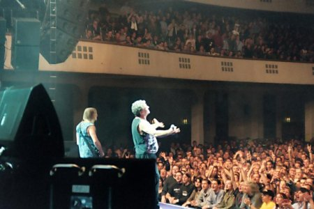 Deep Purple perfoming at the Frankfurt Messehalle in 2003. Photo: Jim Corrigan.