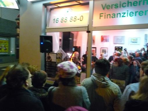Roger Glover exhibition crowd