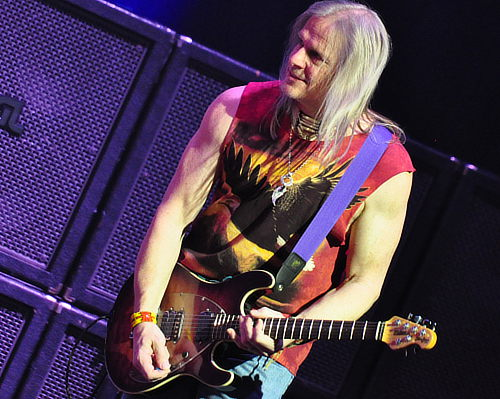 Steve Morse, Toronto, Feb 12 2012; photo © Nick Soveiko cc-by-nc-sa