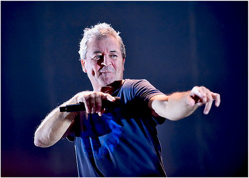Ian Gillan, Moscow, Oct 28, 2012; photo Serge Adamovich http://koncert-photo.livejournal.com/1780222.html