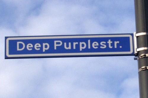 Deep Purplestraat street sign