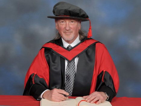 Roger Glover receives honorary fellowshup of South Wales University; photo: Colin Sanders
