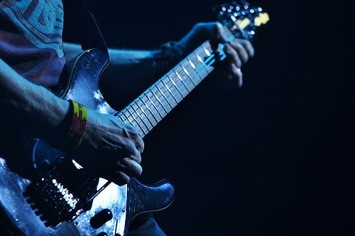 Steve Morse with his MusicMan Y2D, London, Ontario, Feb 11, 2011; photo © Nick Soveiko cc-by-nc-sa