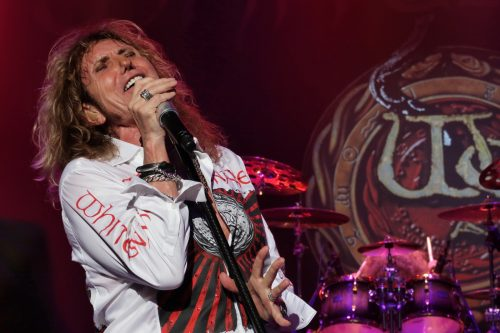 David Coverdale with Whitesnake in Shizuoka, October 10, 2016; photo © Kei Ono cc-by-nc-sa